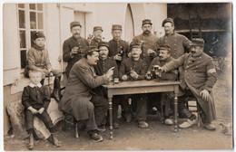 MILITARIA. 14-18 CARTE PHOTO. 43 ème REGIMENT . SOLDATS TERRITORIAUX ? A SITUER. - Guerra 1914-18