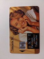 TELECARTE FRANCE TELECOM  50 RNVT JEUNE FILLE - Advertising