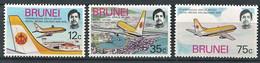 264 BRUNEI 1975 - Yvert 213/15 - Avion Boeing 737 En Vol - Neuf ** (MNH) Sans Trace De Charniere - Brunei (...-1984)