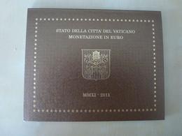 COFFRET OFFICIEL VATICAN 2011 - 8 Pièces + La Pièce De 50 Centimes  2011 Benoit XVI  - Avec Enveloppe D'envoi D'origine - Vatikan