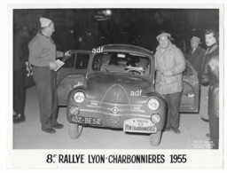 ANCIENNE GRANDE PHOTO GROS PLAN VOITURE RENAULT 4CV 4 CV, 8e RALLYE AUTOMOBILE LYON CHARBONNIERES 1955 ( JUNIOR A NICE ) - Photos
