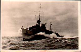 Torpedoboot In Hoher Fahrt ,  Feldpost 1942 Mit Stempel Cuxhafen. Marine - Oorlog 1939-45