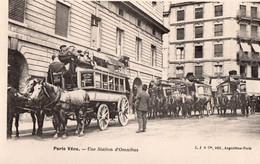 "PARIS Vécu "" Une Station D'Omnibus"" - Sonstige"