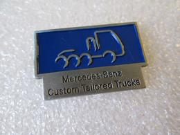 PIN'S    MERCEDES BENZ   CUSTOM  TAILORED TRUCKS - Transportation