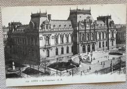 69 Lyon 1916 La Prefecture Escalier Grille Statue Pietons - Other