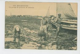 METIERS - PECHE - LES BOUCHOLEURS - Un Groupe De Pêcheurs De Naissains - Fischerei