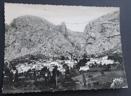 Moustiers-Ste-Marie Et Sa Chaîne - Les Gorges Pittoresques Du Verdon - Digne
