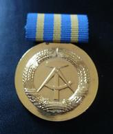 Médaille -  Pour Les Loyaux Services De Deutsche Post - Sonstige