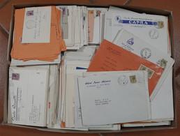 Lotti&Collezioni - Repubblica - REPUBBLICA - 1953/1990 Circa - Scatolone Con Oltre 2000 Buste E Cartoline Affrancate Con - Non Classés