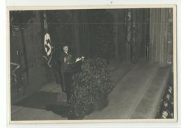 Drittes Reich Foto-AK Redner (wer?) Auf Bühne (wo?) Mit Flaggenschmuck Photola München Um 1935 - Political Parties & Elections