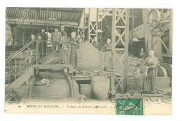 MINES ET MINEURS - Trieuse De Charbon Au Travail - Bergbau