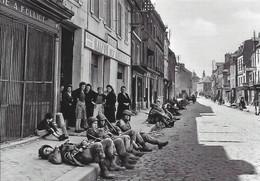 Cp Moderne, Débarquement En Normandie, D Day 6 Juin 1944, Paras De La 101st US AB Carentan - Guerra 1939-45