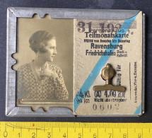Personenzug Teilmonatskarte Ravensburg-Friedrichshafen Ca. 1920? In Metallumschlag - Europe