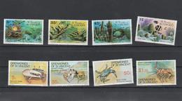 Saint Vincent & Grenadines - Yvert Série 77 à 80 + 101 à 104  ** - Coraux Crustacés - St.Vincent & Grenadines