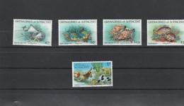 Saint Vincent & Grenadines - Yvert Série 311 à 314 + 112  ** - Faune Marine Poissons - St.Vincent & Grenadines