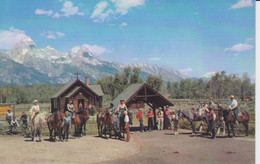 GRAND TETON NATIONAL PARK, WYOMING,USA. Church, Horses, Peoples ,Église, Chevaux, Personnes, Union Pacific Railroad  26 - Yellowstone