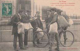 CPA (81) MAZAMET Industrie Lainière N° 628 Les Porteurs D' Echantillons Vélo Bicyclette Cycling Métier 2 Scans - Mazamet