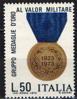 """ITALIA - 1973 - CINQUANTENARIO DELL'ASSOCIAZIONE """"GRUPPO MEDAGLIE D'ORO AL VALOR MILITARE"""" - MNH - 1971-80: Ungebraucht"""