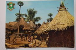Cpsm Grand Format République De Côte D'Ivoire Région De Boundiali Village Typique - VRA15 - Ivory Coast