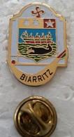 Pin's - Villes - BIARRITZ - 64 - (CL. 2) - - Cities