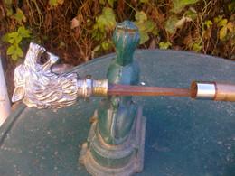 A Voir Belle Robuste élégante Canne épée Poignée Bronze Massif - Knives/Swords