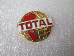 PIN'S    TOTAL   ROUGE  Version Email Grand Feu  ARCANE - Fuels