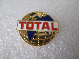PIN'S    TOTAL   BLEU    Version Email Grand Feu  ARCANE - Fuels