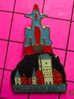 915B Pin's Pins / Beau Et Rare / THEME : AUTRES / ROMAN DE SF RON HUBBARD MISSION TERRE 2 PRESSES-POCKET - Other