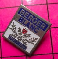 710e Pin's Pins / Beau Et Rare / THEME : BOISSONS / BERGER BLANC APERITIF ANISé Ou Carrément Racisé ? - Beverages