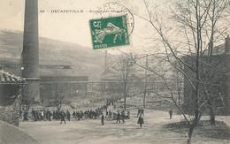 AT 741 A   C P A - DECAZEVILLE   (12)  SORTIE DES USINES - Decazeville