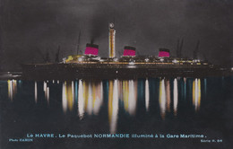 """France Carte Postale LE HAVRE Le Paquebot """"NORMANDIE"""" Illuminé à La Gare Maritime - Dampfer"""