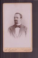 """Photo Sur Carton  ( 10.5 X 6 Cm ) """" Homme, Barbe Et Moustache Soignées """" Photographe Liébert, Paris - Oud (voor 1900)"""