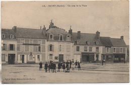 72 MAYET   Un Coin De La Place - Mayet