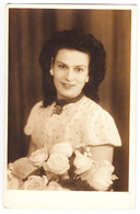 Antique Photo - PC Size - Iosefovici - Giurgiu - Romania - Lady With Flowers - Oud (voor 1900)