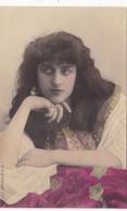 """ARTISTE .THEATRE.CPA COLORISATION FINE . ANNÉES 1900.""""VANDA DE BONCZA """". BEAUTE. MODE. PHOTO D'ART REUTLINGER PARIS . - Künstler"""