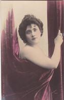 """ARTISTE .THEATRE.CPA COLORISATION FINE . ANNÉES 1900."""" FILLIAUX """". BEAUTE. PHOTO D'ART REUTLINGER PARIS . - Künstler"""