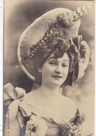 """ARTISTE .THEATRE.CPA .ANNÉES 1900."""" TARIOL BAUGE """".COIFFURE . PHOTO D'ART REUTLINGER PARIS . - Künstler"""