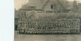 Photo     -   GROUPE DE MILITAIRES , 42 éme Génie Mars  1927       à Identifier - Fotografía