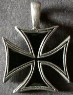 CROIX  De  MALTE  /  CROIX  De  FER   ENVOI GRATUIT - Deutsches Reich