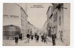 42 LOIRE - MONTBRISON Rue De La République - Montbrison
