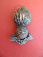 Insigne Militaire Royal Artillery - Artillerie - Grenade - - Grossbritannien
