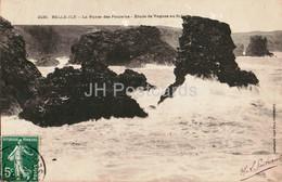 Belle Ile - La Pointe Des Poulains  - Etude De Vagues Au Sphinx - 2430 - Old Postcard - 1910 - France - Used - Belle Ile En Mer