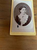 Photo Bombée Jeune Femme De Sarre-Union 6x10cm - Anciennes (Av. 1900)