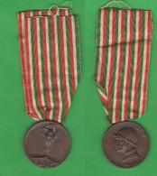 Italia Regno Medaglia Fusa Nel Bronzo Nemico 1915 - 1918 Medaille Bronze 1° WW - Italien
