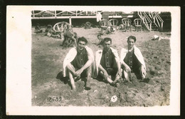 1772 - Young MEN In Old Victorian Swimsuit At The Mar Del Plata Beach - Photo Postcard 1920's - Anonyme Personen