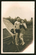1783 - Young MAN And WOMAN In Swimsuit By The Camping - Photo Postcard 1940's - Anonyme Personen