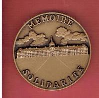 MEDAILLE HOTEL NATIONAL DES INVALIDES DE PARIS OFFICE NATIONAL DES ANCIENS COMBATTANTS ET VICTIMES DE GUERRE MEMOIRE - Frankreich