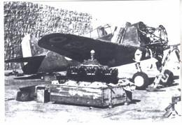 PHOTO  AVION  AVIATION CHANGEMENT MOTEUR CURTISS 75 HAWK - Luftfahrt