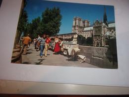 CPA CPSM CARTE POSTALE 75 PARIS   NOTREDAME ET LES BOUQUINISTES - Notre Dame Von Paris