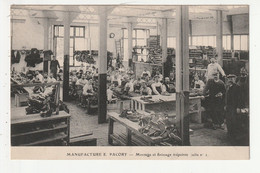 FOUGERES - MANUFACTURE E. PACORY - MONTAGE ET FINISSAGE TREPOINTE (SALLE N°2) - 35 - Fougeres